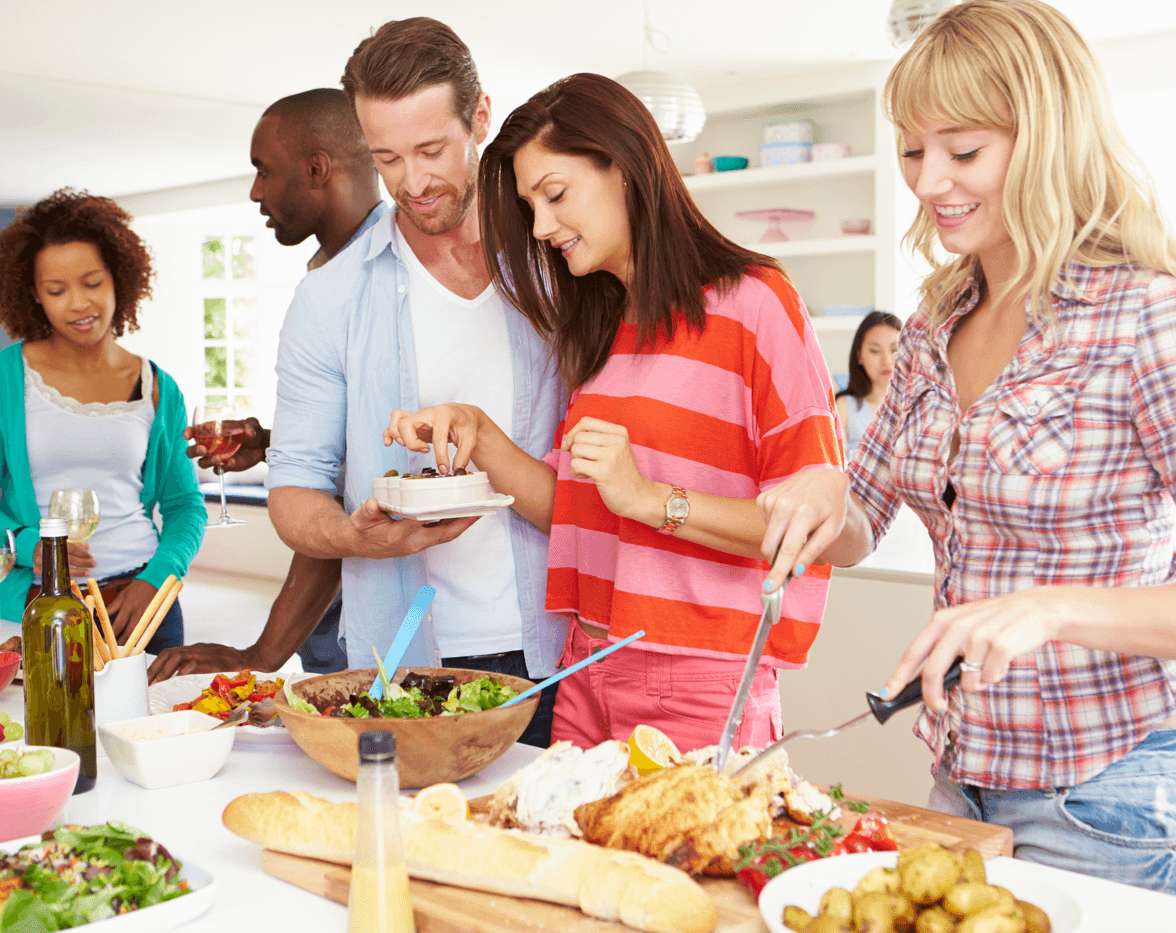 Tips for Hosting a Housewarming Party Dinner Image