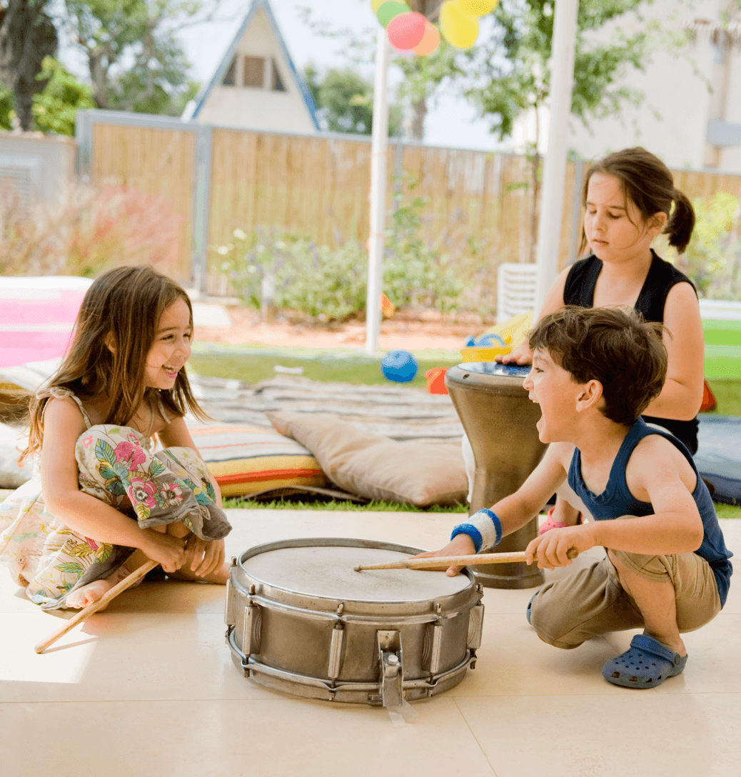 Go-To Guide for Outdoor Entertaining Drum Image
