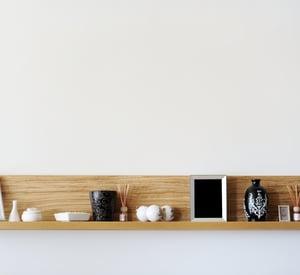Six Helpful Tips for Picking Home Decor Accessories Stylish Bookshelf Image