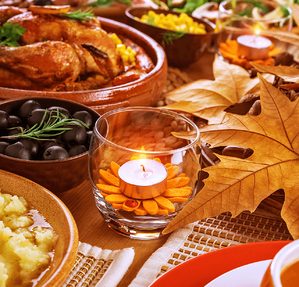 6 Thanksgiving Centrepieces You Can Make Yourself Candle Image
